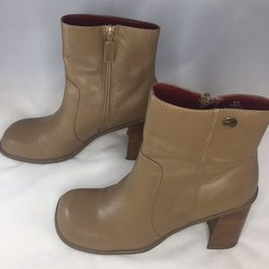 Tommy hilfilger boots Womens